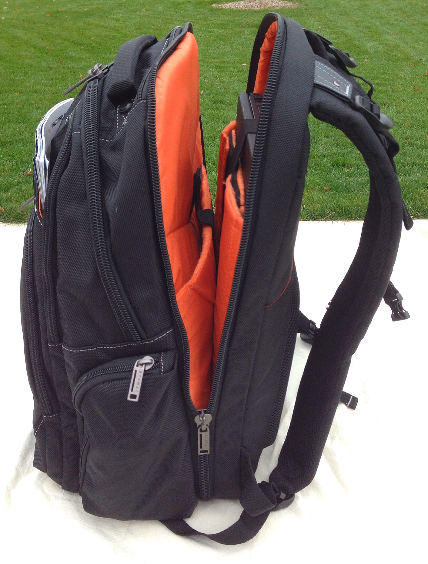 Backpacks With Laptop Compartments KwGe7NBi
