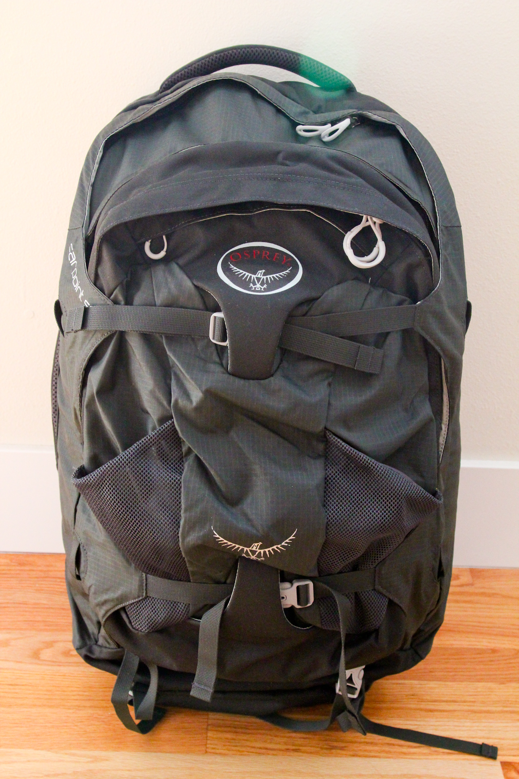 Osprey Farpoint 55 Travel Backpack 8MqRXt2w